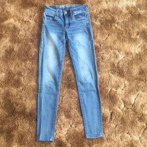 American Eagle Light Wash Jeggings